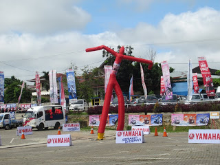 Rental Sky Dancer, tersedia dalam warna yang berbeda